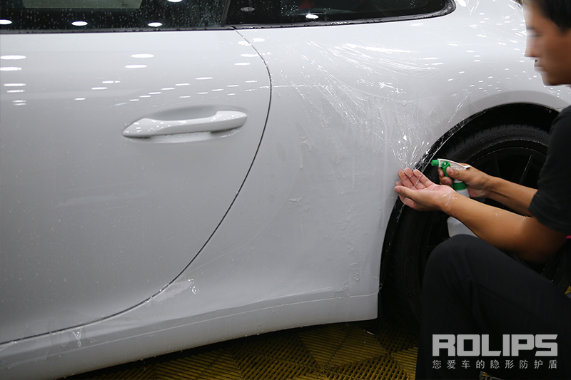 不解释!保时捷911配上美国罗利普斯ROLIPS隐形车衣,颜值真的不输918