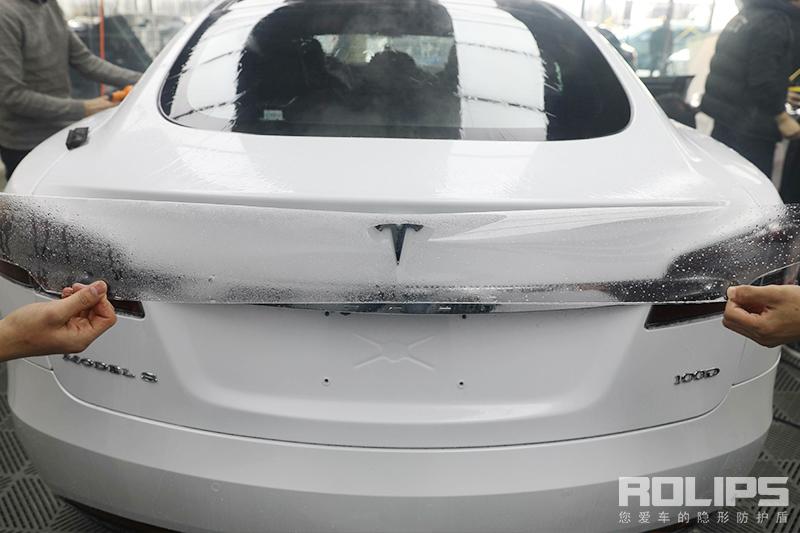 特斯拉MODEL-S 为什么这么好看!如此光鲜,一定需要罗利普斯隐形车衣十年保护