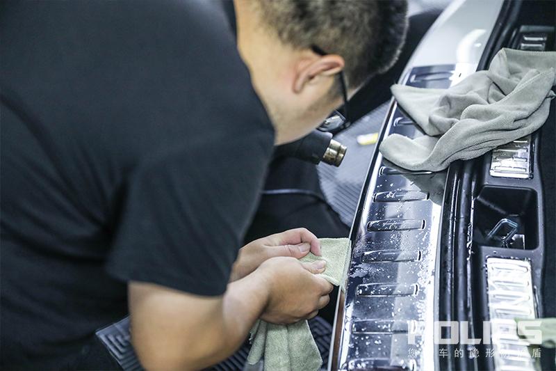 纵驰浩海为英雄,为爱守护十年情 奔驰GLE43完美装贴罗利普斯ROLIPS隐形车衣